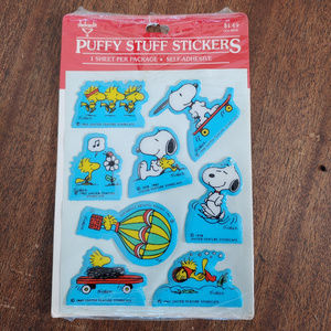 NWT Vintage Puffy Snoopy & Woodstock Stickers